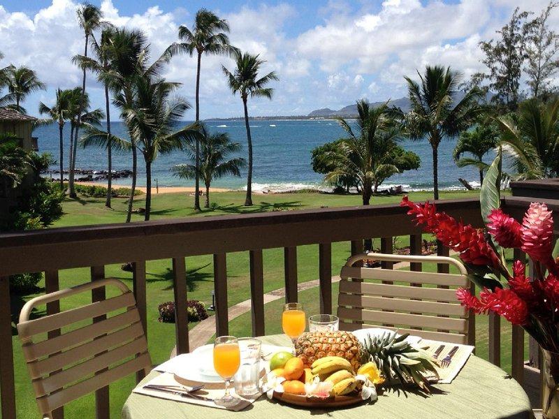 O pequeno-almoço, almoço, coquetel ... a sua escolha para refeições ao ar livre na nossa frente para o mar Lanai!