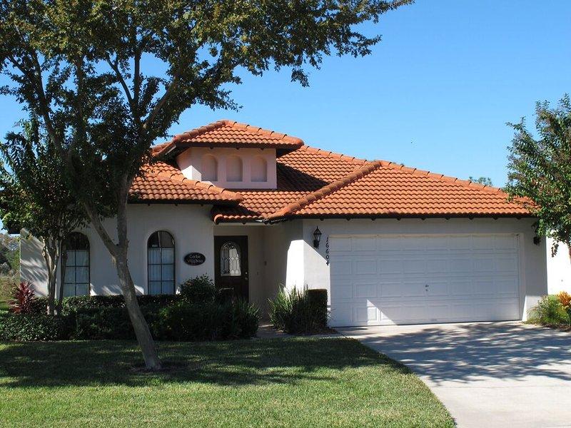 Bienvenue sur Caribe Villa Brisa. Ce n'est pas votre typique brun et beige Villa. Venez voir pourquoi!