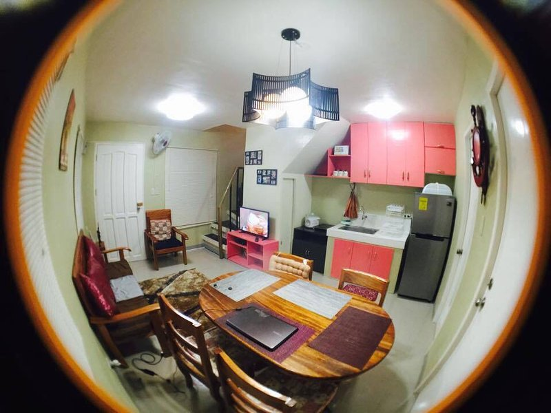 Furnished Apartment in Puerto Princesa, 10 minutes to the airport, holiday rental in Palawan Province