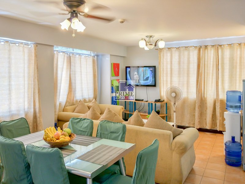 Spacious 2BR Ecoland 4000 Davao Condo with DSL Internet near SM Ecoland Mall, location de vacances à Davao City