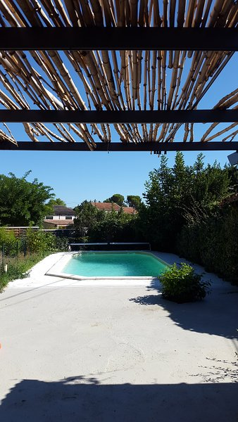 lovely shaded house with pool in pretty village of Provence, ideal for family