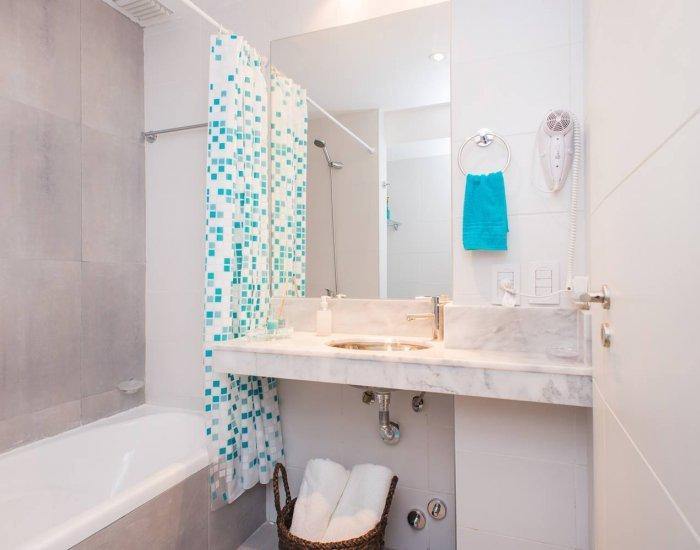 Buenos Aires - Light Blue Terrace - Bathroom