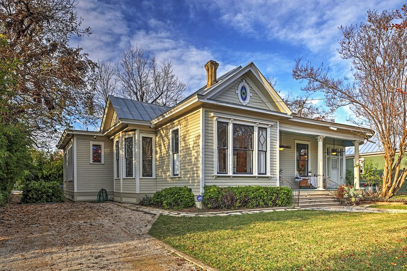 Make memories at this incredible San Antonio vacation rental house!