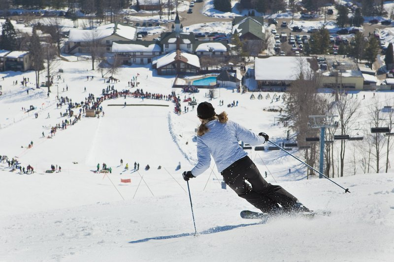 Ski Mtn neergeschoten.