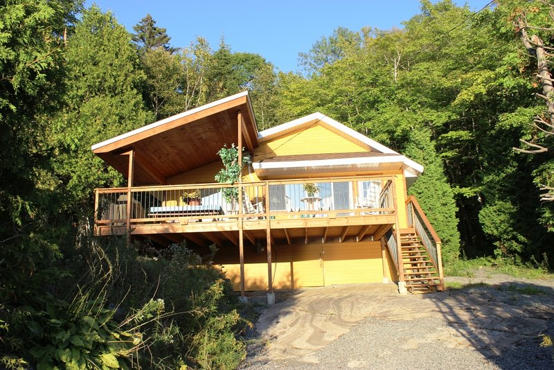 Chalet Le Sainte-Flore, holiday rental in Saint-Mathieu-du-Parc
