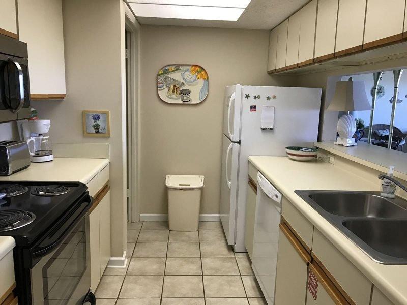 Oven,Bathroom,Indoors,Furniture,Loft