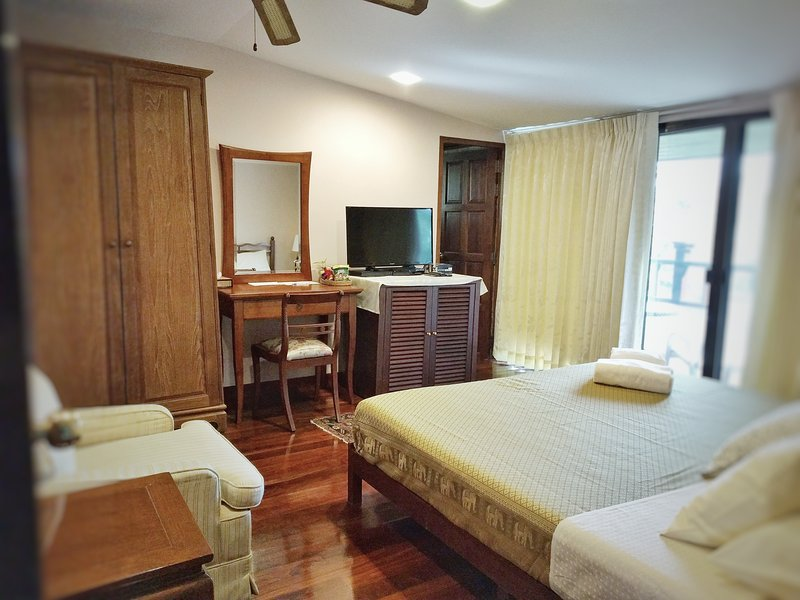 Deluxe Double Room with Private Balcony and Garden View