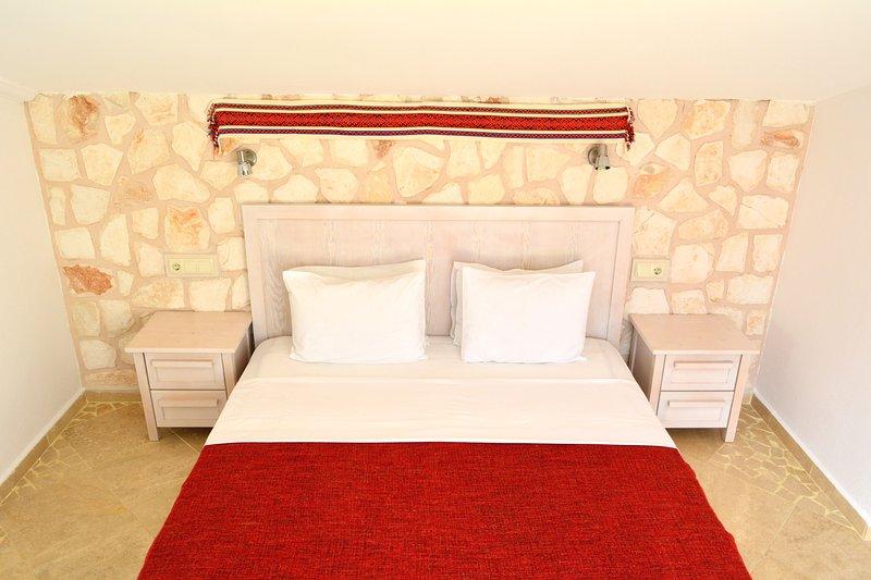 Master camera da letto segue