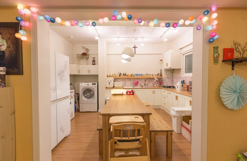 3 Bed Rooms APT / Gangnam GAROSUGIL, holiday rental in South Korea