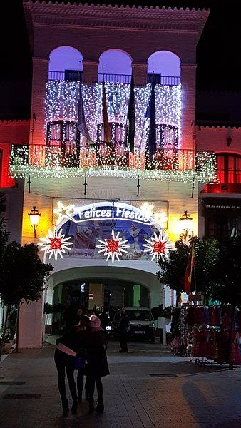 piazza Nerja nel periodo di Natale.