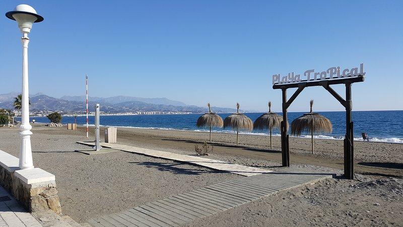 Torre del Mar lungomare e la spiaggia.