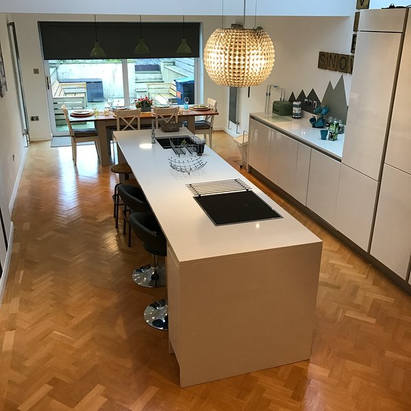 Open plan kitchen dining