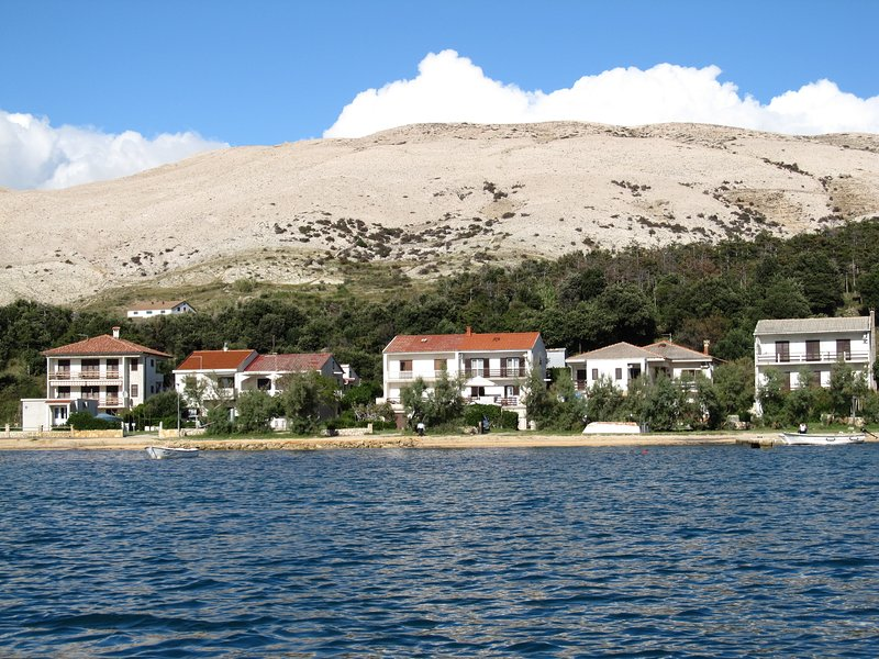 Apartments Maržić, holiday rental in Pag