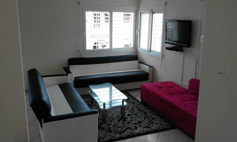 Beach Side 6 Bedrooms Luxurious Villa  Ref: 1099, location de vacances à Agadir