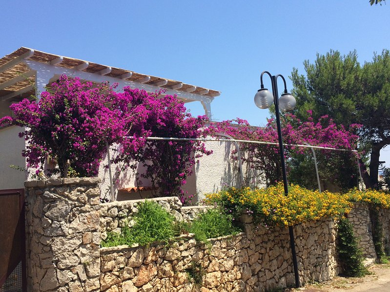 Salento Stone Cottage, holiday rental in Vaste