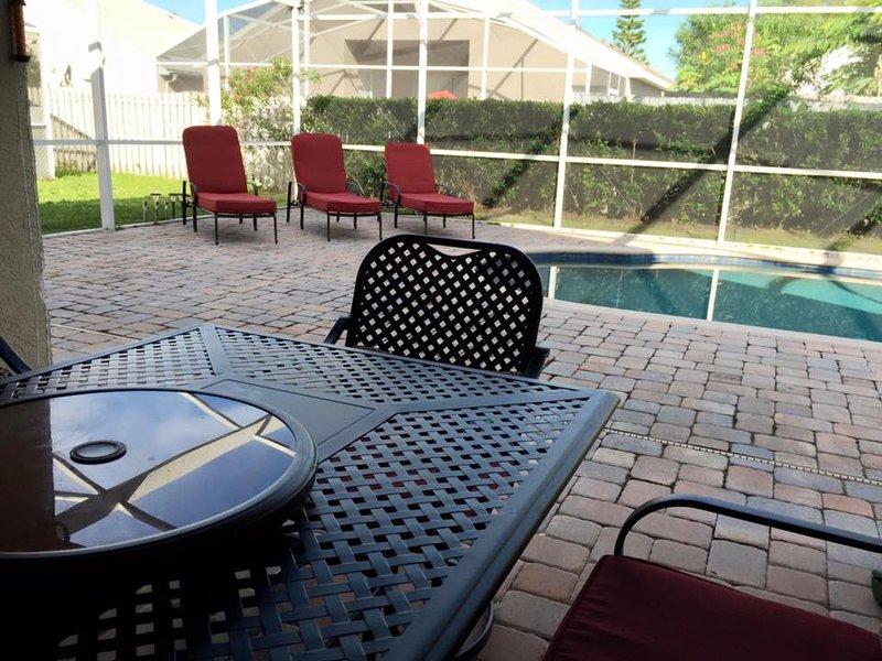 Pool & area di sfondo