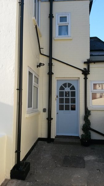 Entrance of Chapel View at rear of Albion Street where you will find allocated parking space.