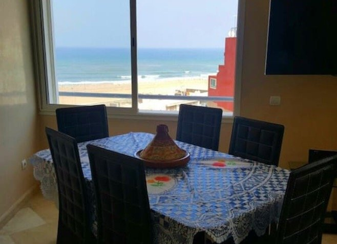Bright apartment Casa Sea View + WiFi, aluguéis de temporada em Região de Grand Casablanca