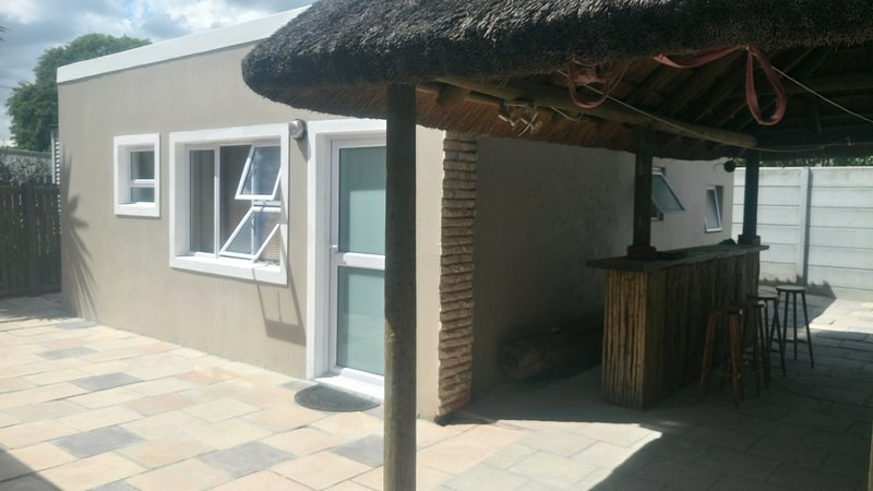 Rayt Holiday/Business Travellers Accommodation, casa vacanza a Plattekloof