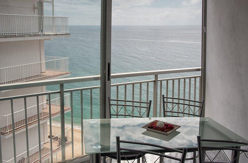 Sea view/ Vista al mar