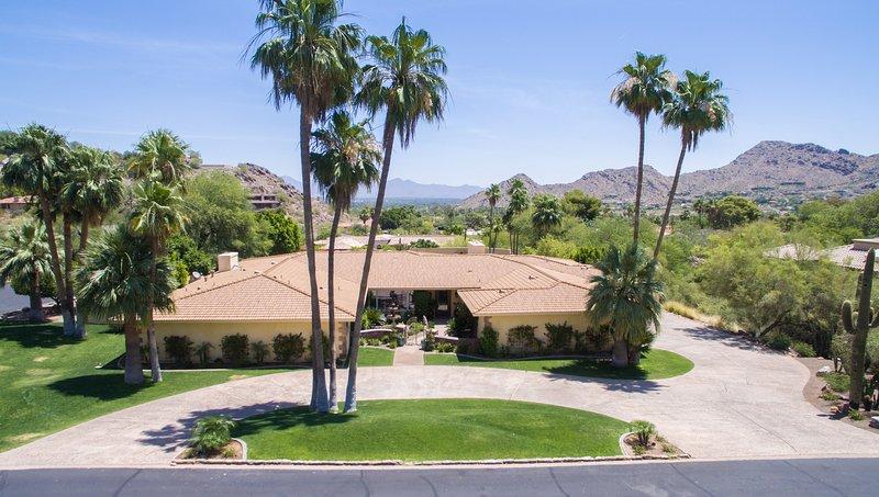 Barrett Jackson and Phoenix Open, vacation rental in Paradise Valley