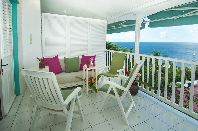 the cocktail area is also conducive to napping. The view of the Caribbean Sea is breathtaking.
