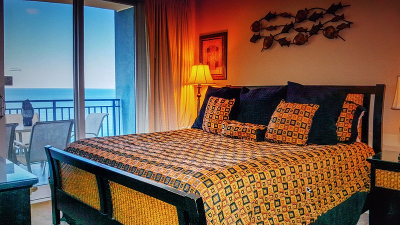 Sterling Breeze-beachfront, FREE Chair Service, holiday rental in Panama City Beach