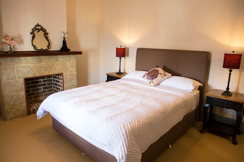Spencer Cottage Holiday Accommodation, vacation rental in Albany