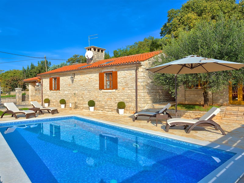 Casa Maria - Charming Countryside Property, holiday rental in Dragonja