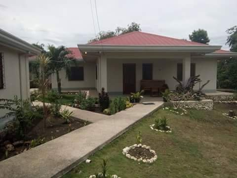 Ariel's Rental Vacation House, holiday rental in Argao