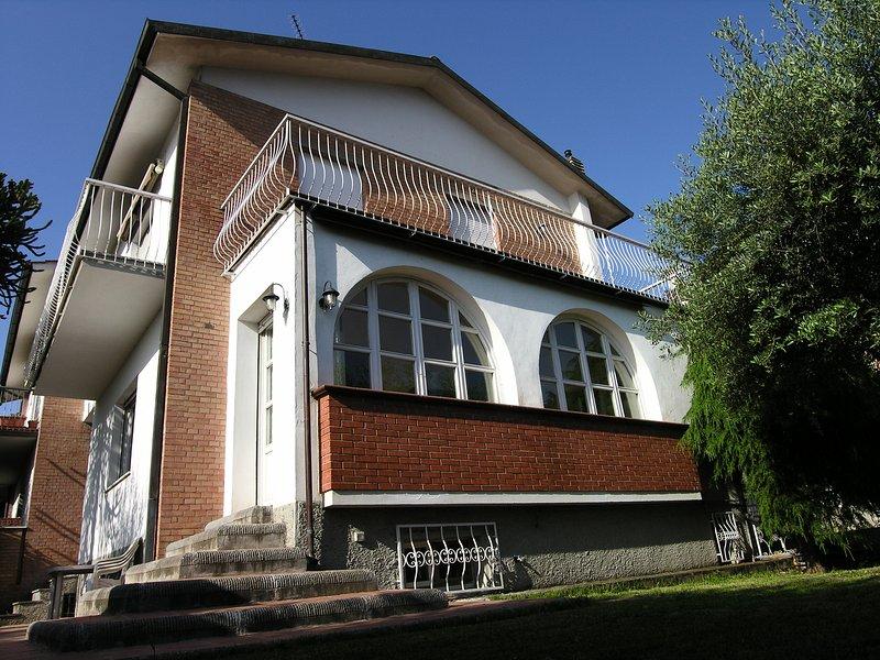 CLASSIC ITALIAN VILLA, vacation rental in Pieve a Nievole