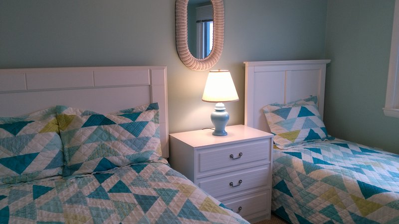 2nd Bedroom with Full and Twin beds