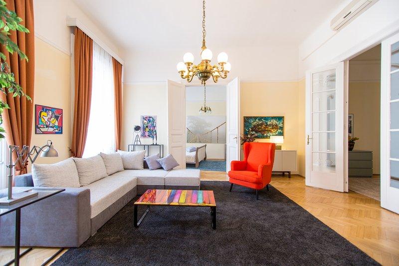 Elegant & Stylish city apartment, alquiler vacacional en The Republic of Zubrowka
