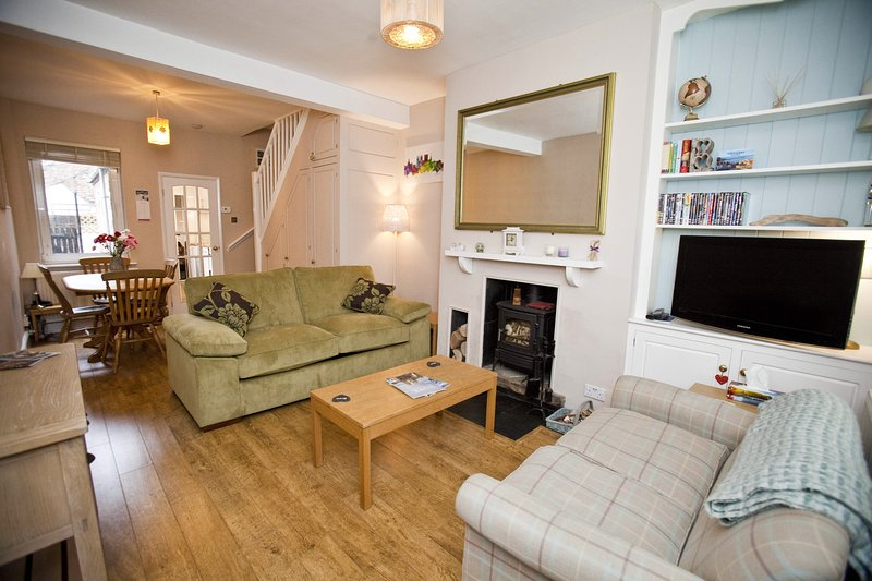 Cosy chocolate worker's house, built in 1875. Walking distance to York Centre., vacation rental in Fulford