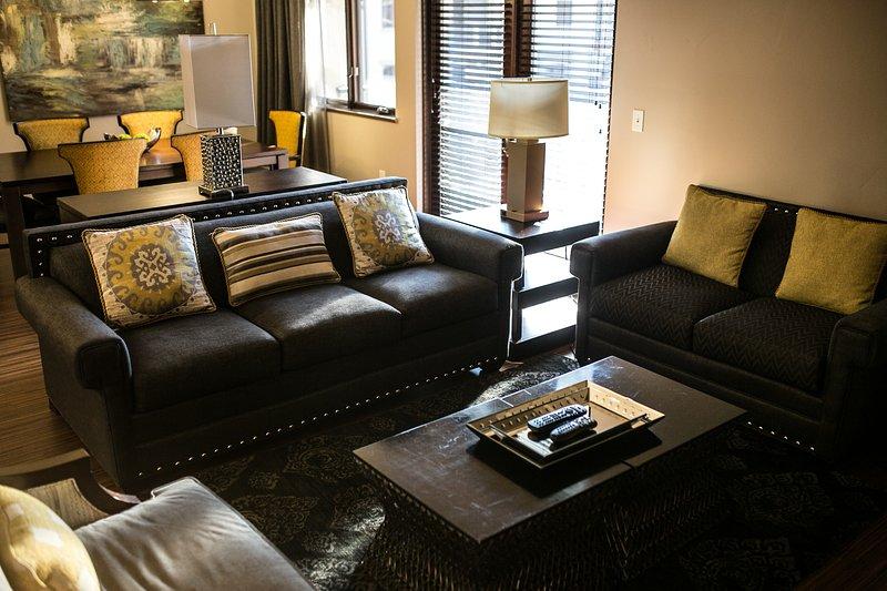 1B Presidential Living Room