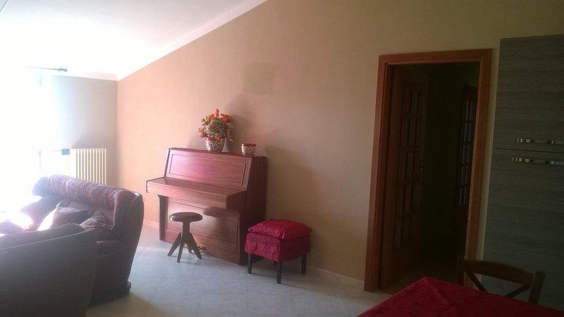 Salón con el piano