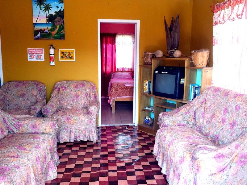 BELIZE CULTURAL ADVENTURE GUESTHOUSE – semesterbostad i Belmopan