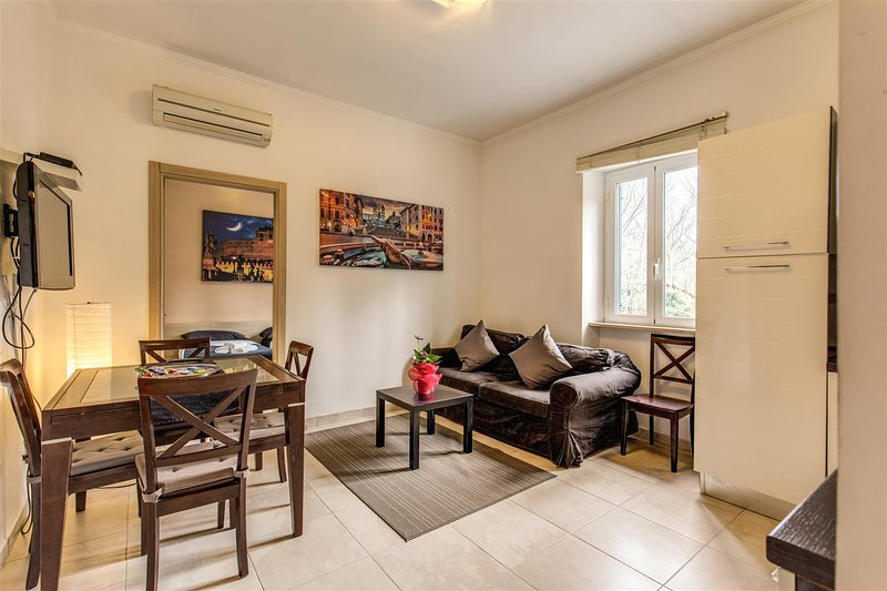 Aurelia Vatican Apartments Has Cable Satellite Tv And Central Heating Updated 2019 Tripadvisor Rome Vacation Rental