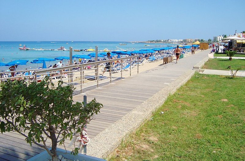 Protaras Beach e Protaras pedonal - 250meters de Villa