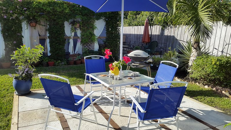 Have a cup of coffee or a glass of chilled wine in the warm Florida sun. No snow to shovel!