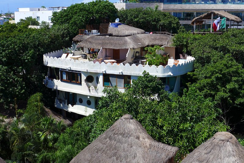 Condo is on upper left side Hard to believe your in the very Heart of Playa!