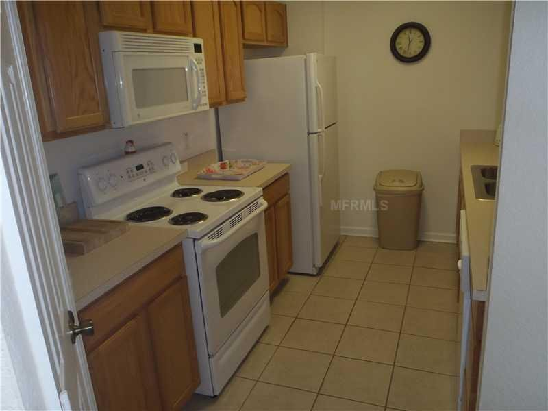 Fully STOCKED kitchen ready for your vacation in the ALL NEW FIREWORKS 402!
