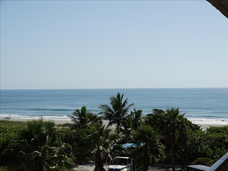 THe views from Canaveral Beach #402 are just UNBEATABLE!