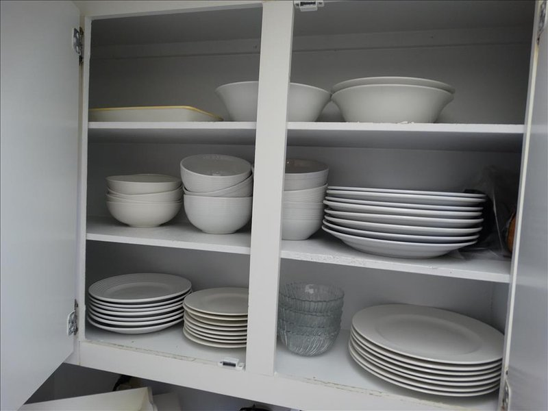 You will notice that there is PLENTY of dishes for your use!