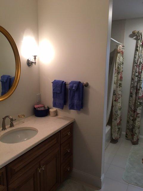 bain à l'étage avec douche / baignoire