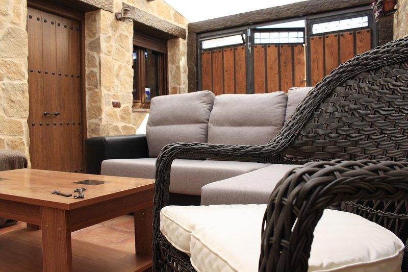 Casa Rural El Teñao, aluguéis de temporada em Hoyorredondo
