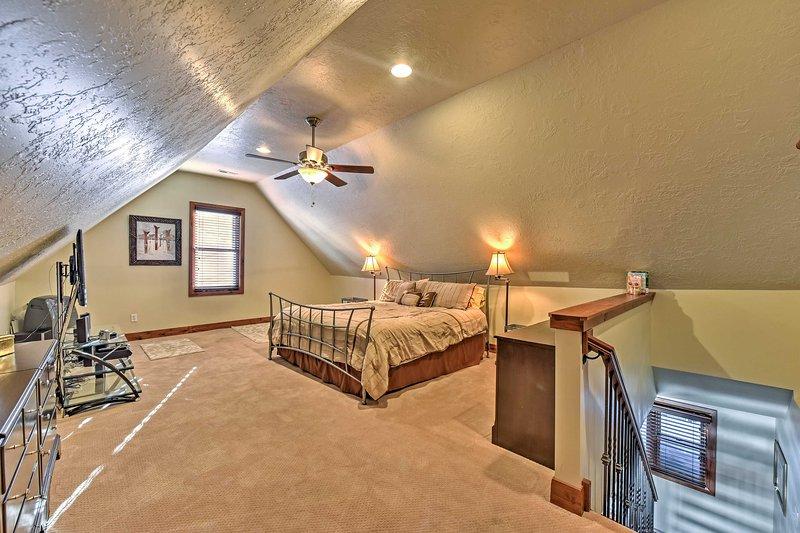 Wer bleibt in diesem Master-Schlafzimmer bekommt die gesamte Etage für sich selbst!