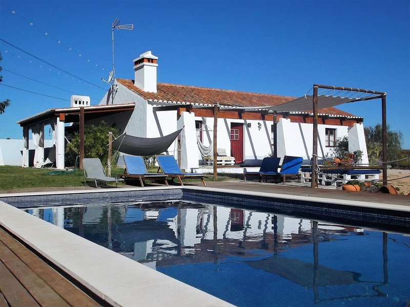 Alentejo Litoral - total privacy, holiday rental in Setubal District