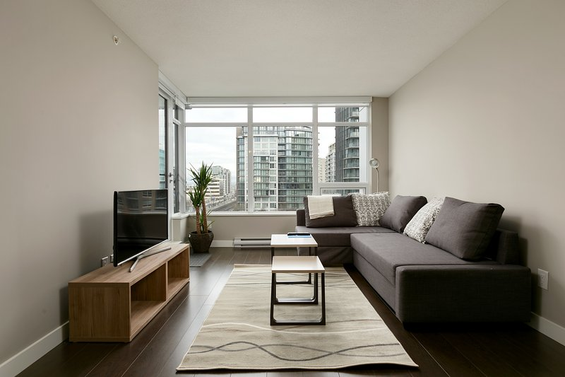 Brand new 2BD 2BA condo in the centre of Richmond, holiday rental in Richmond