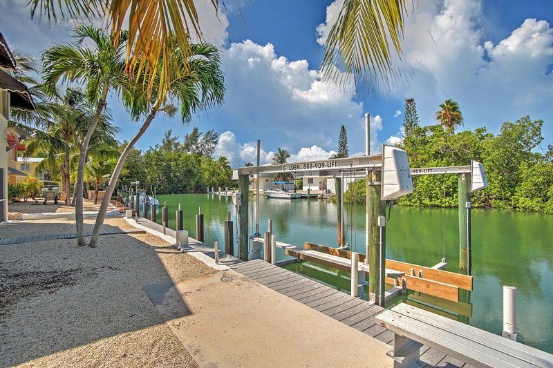 Book your trip to the Florida Keys and this terrific Islamorada vacation rental house!